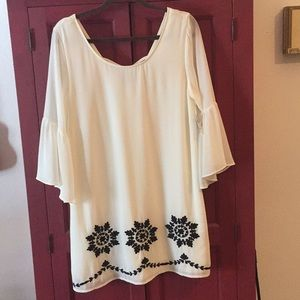 Beautiful Cream & Black Tunic Dress/Top Size Large